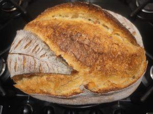pane di farina e semola di grano duro
